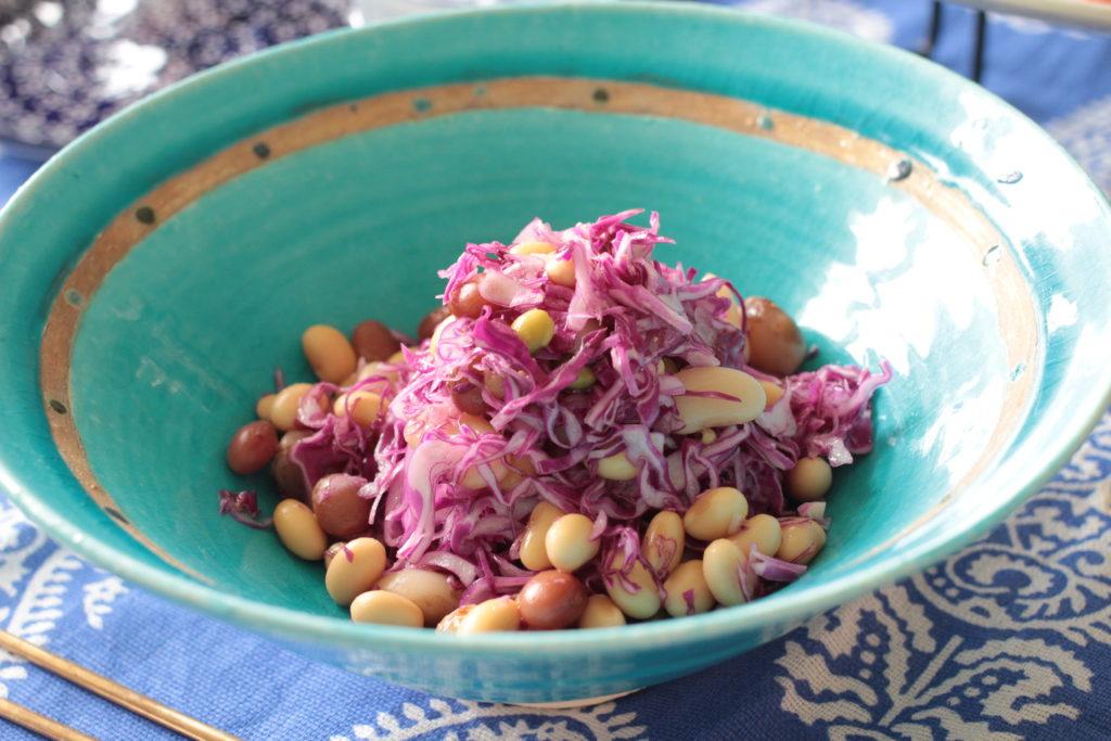 大豆と紫キャベツの和え物