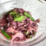黒米ドレッシングのサラダ