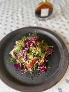 蕎麦の実とイチジクのサラダ